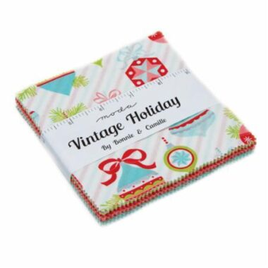 Vintage Holiday Bonnie & Camille Charm Pack Moda