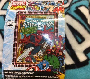 Marvel Spiderman No Sew Fleece Blanket